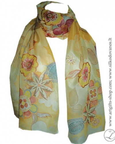 hand-painted-silk-scarf-flowers-peach-orange-tapytas-silko-salikas-geles